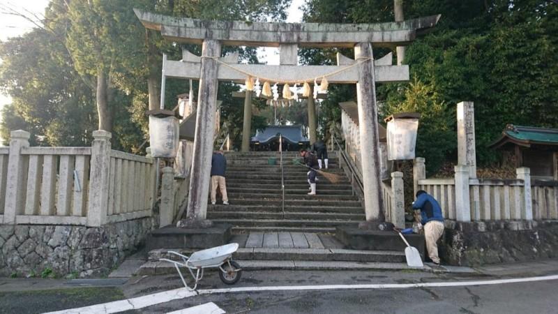 一宮神社の清掃