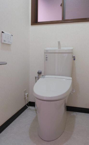トイレ交換 一緒に床も張り替え清潔空間をKEEP