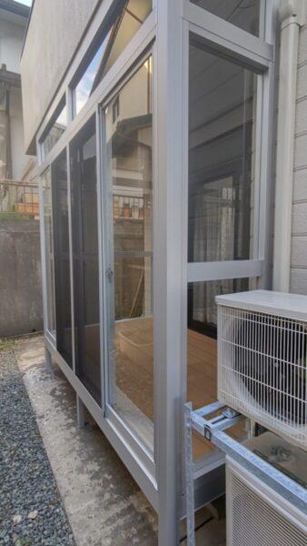 バルコニーの下の外部空間が便利なサンルームに変身!